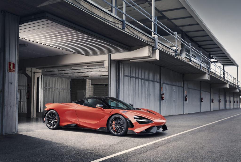 Large-11864-McLaren-765LT