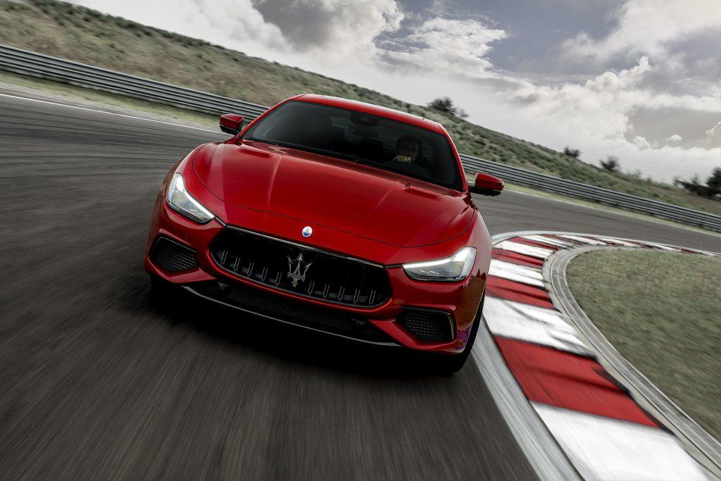 16751-MaseratiGhibliTrofeo