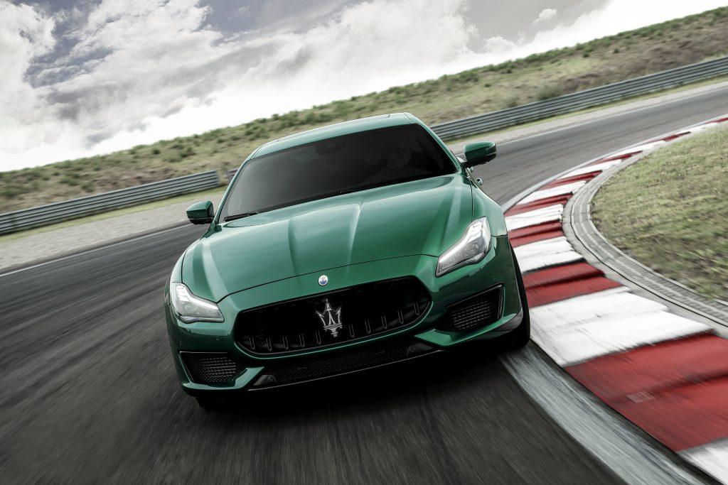 16761-MaseratiQuattroporteTrofeo