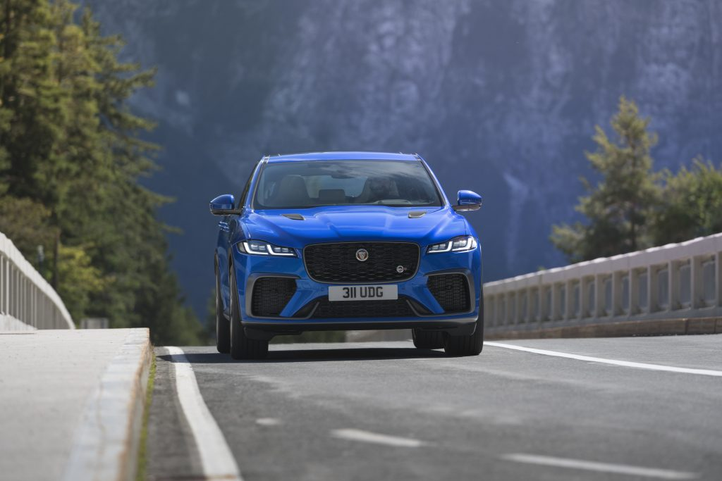 Jag_F-PACE_SVR_21MY_03_Dynamic_DS5001_021220