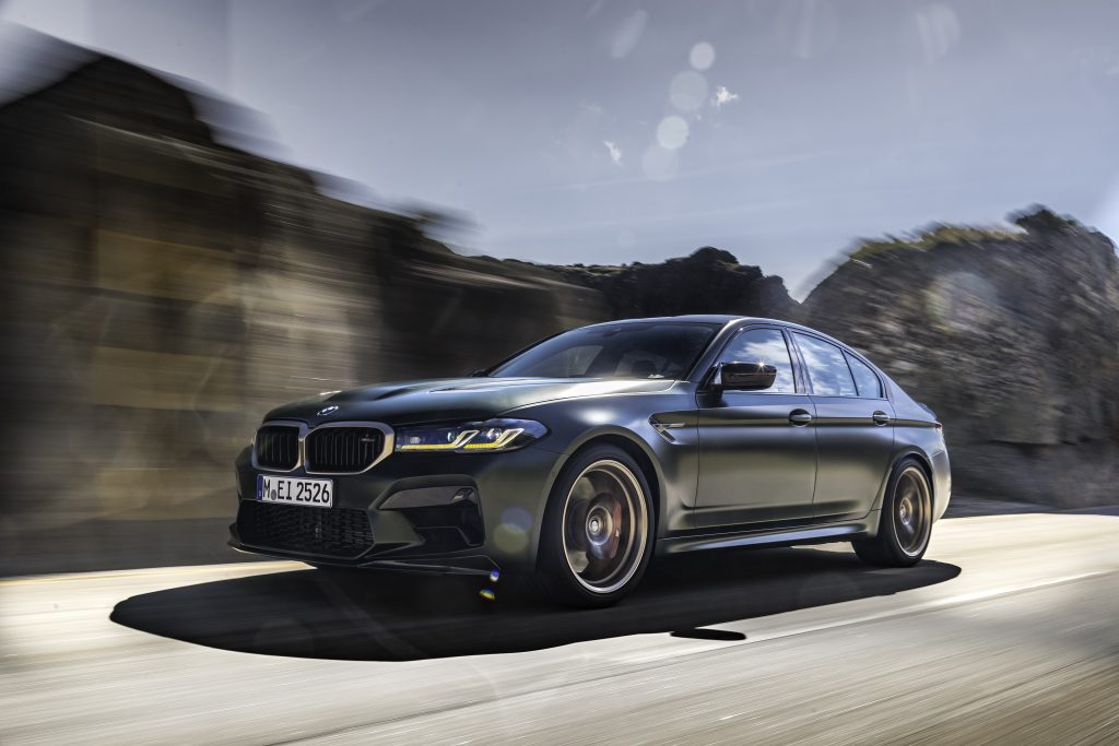 P90411227_highRes_the-new-bmw-m5-cs-sc