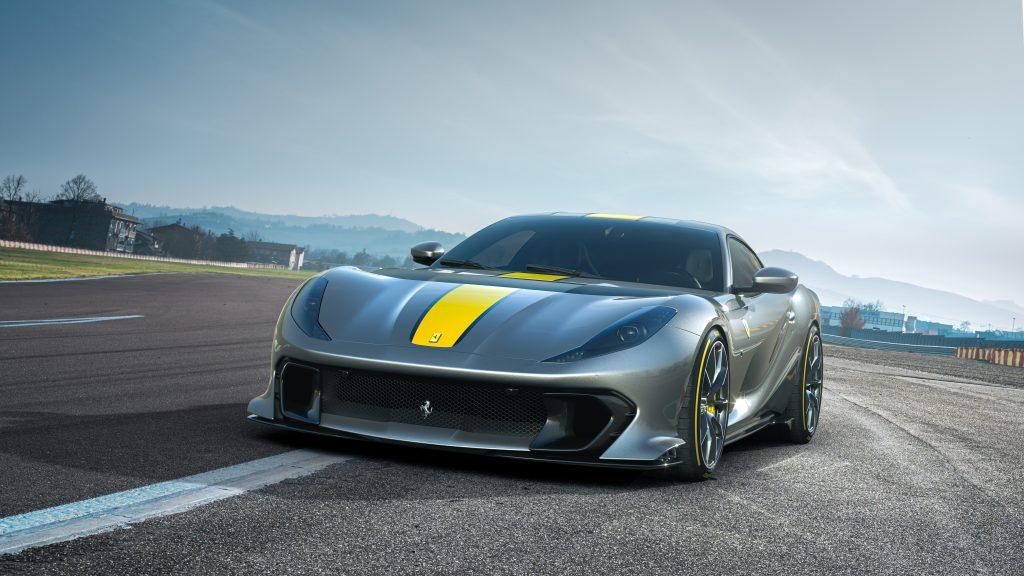 Ferrari_812_Competizione_1