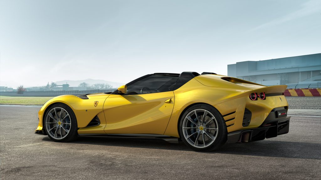 Ferrari_812_Competizione_A_2
